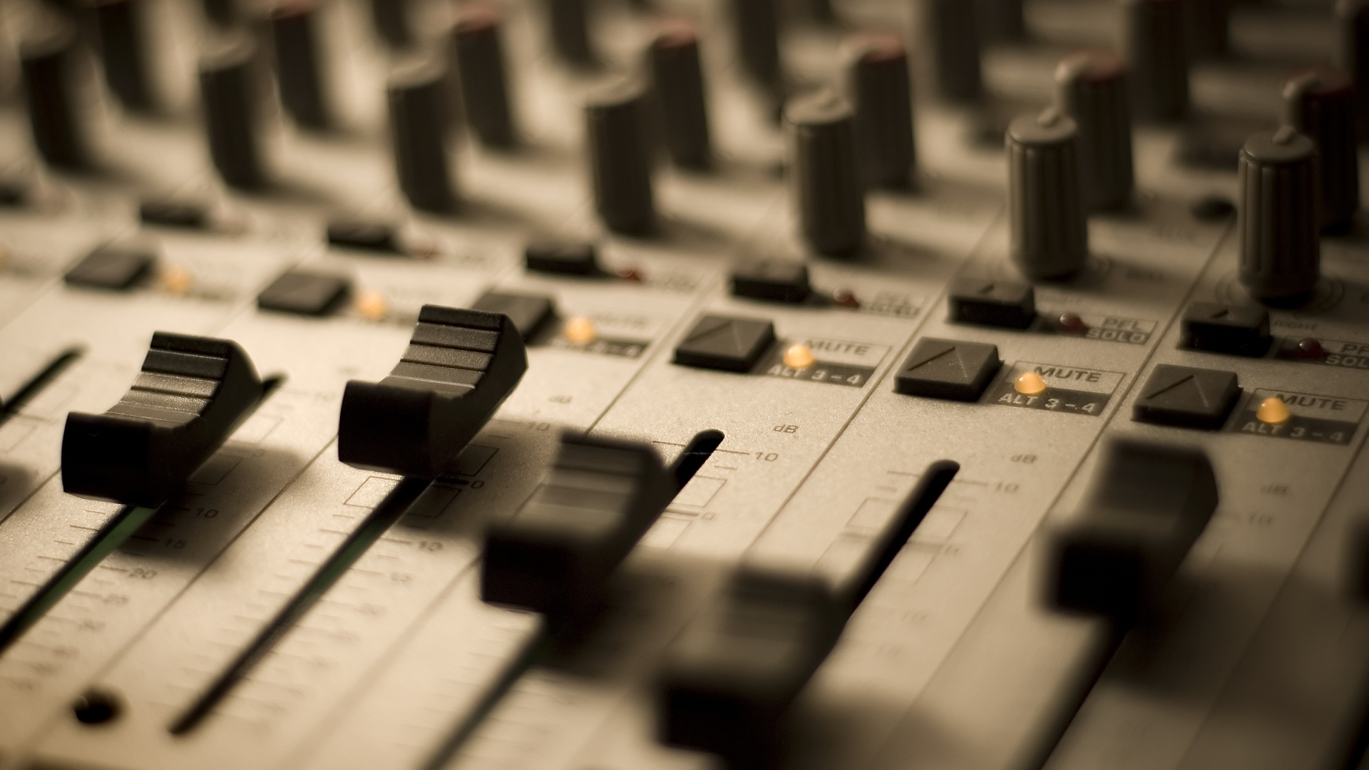 The Essentials Of Good Mixing And Mastering